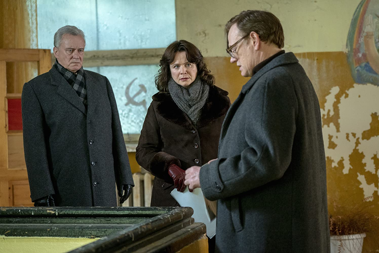 Stellan Skarsgård, Emily Watson, and Jared Harris in Chernobyl (2019)