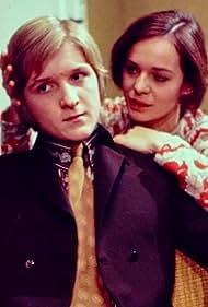 Anne-Lise Gabold and Steen Springborg in Sæsonen slutter (1971)