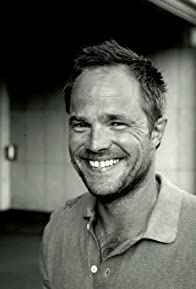 Primary photo for Jon Øigarden