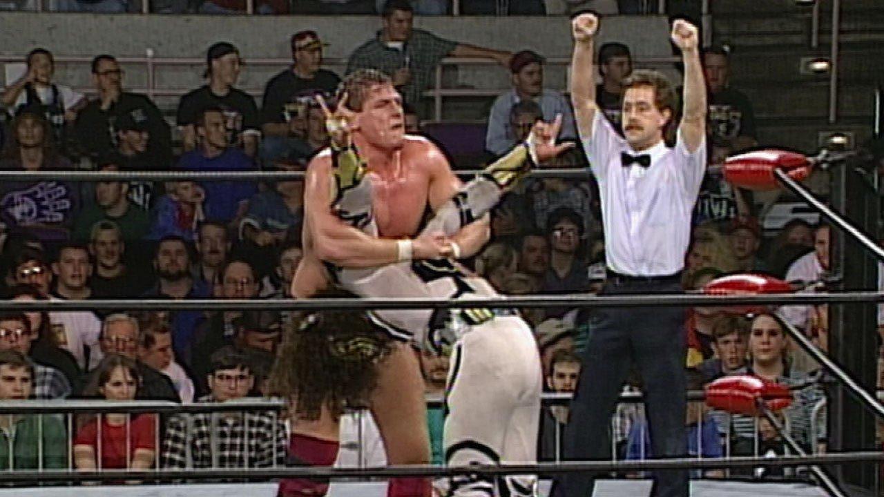 Dionicio Castellanos and Darren Matthews in WCW Monday Nitro (1995)