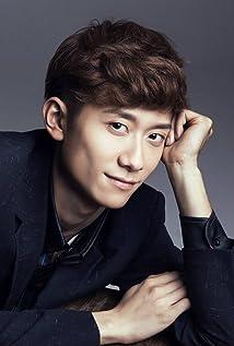 Yishan Zhang Picture