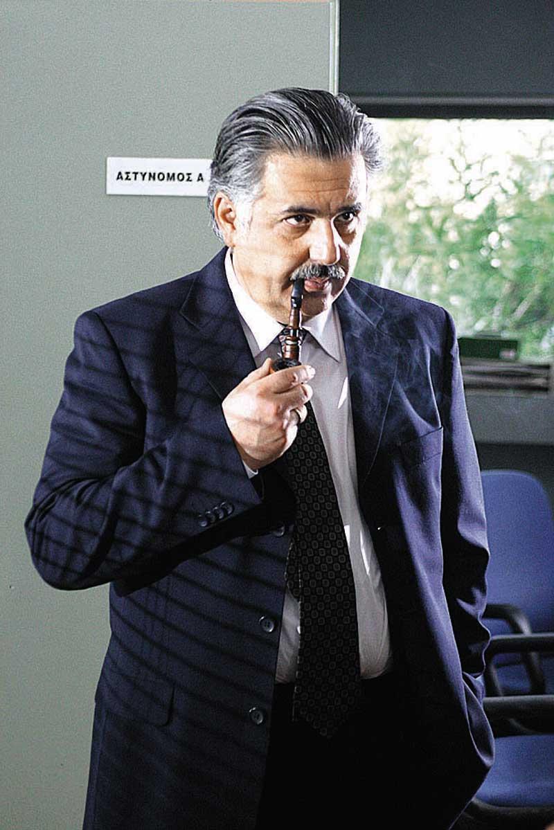 Ieroklis Michaelidis in Oi istories tou astynomou Beka (2006)