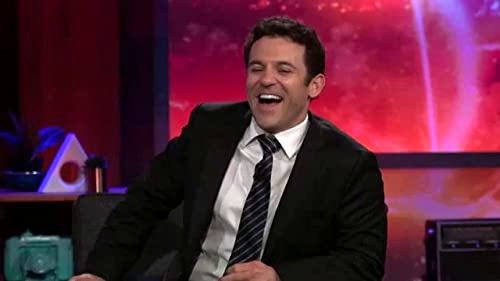 What Just Happened With Fred Savage: Jenny Introduces Her New Show To Fred