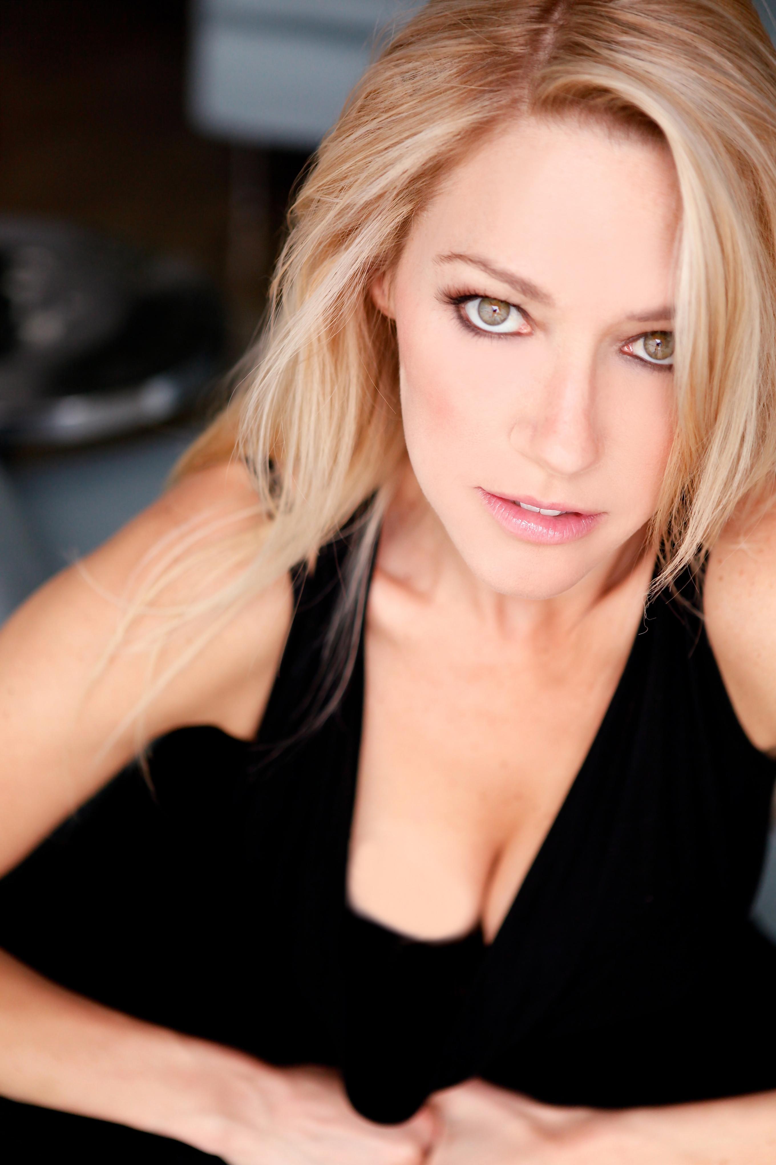 Stephanie Sanditz nude