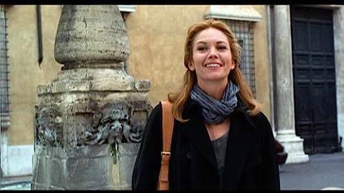 Clip: Frances Escapes Gawking Men