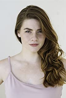 Fallon Brooking Picture