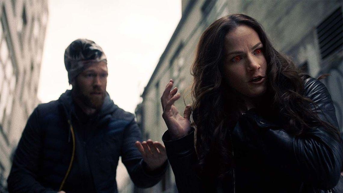 Michael Jonsson and Kelly Overton in Van Helsing (2016)