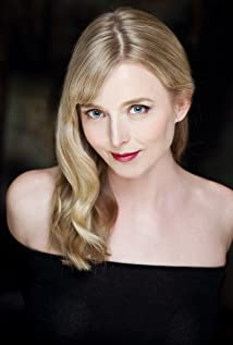 Anna Hardwick Picture