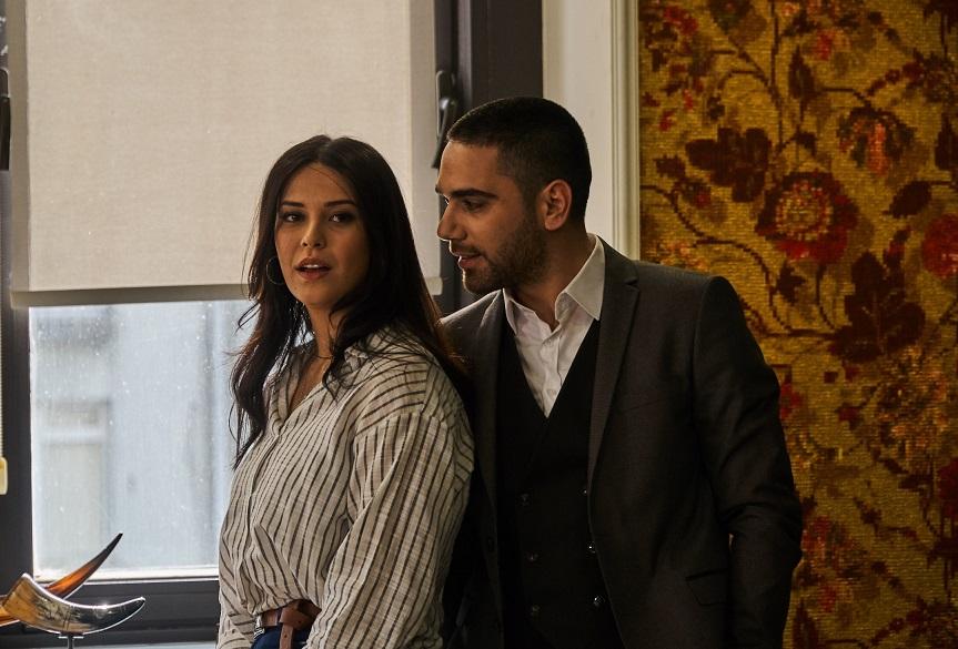 Kadir Dogulu and Devrim Özkan in 12.Bölüm (2019)