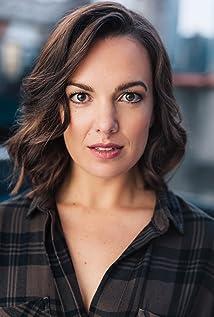 Kara Lindsay Picture