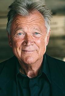 Bo Svenson Picture