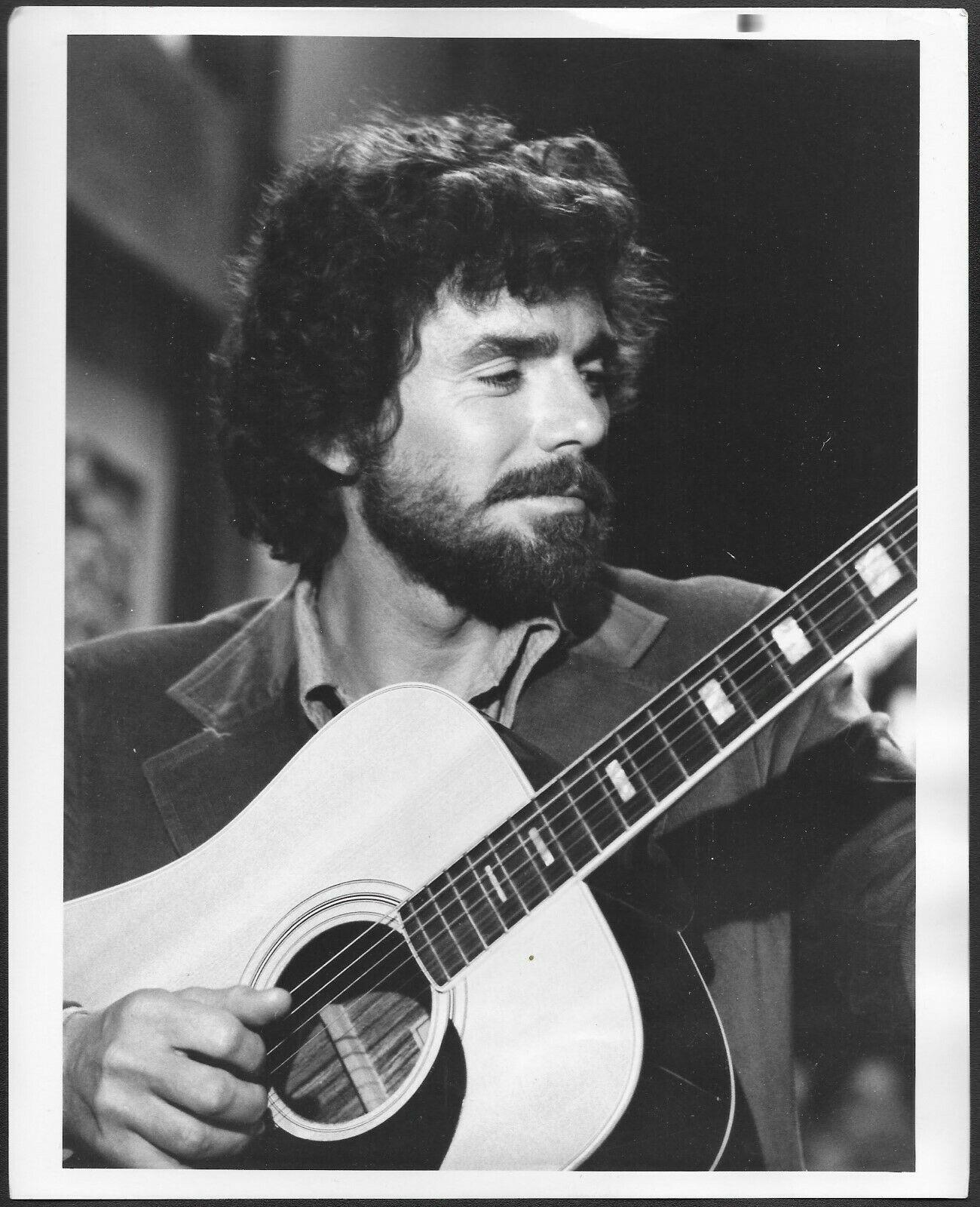 David Birney in Serpico (1976)