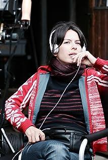 Klaudia Reynicke Picture