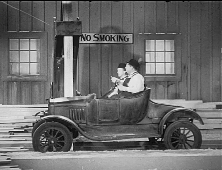 Oliver Hardy and Stan Laurel in Busy Bodies (1933)