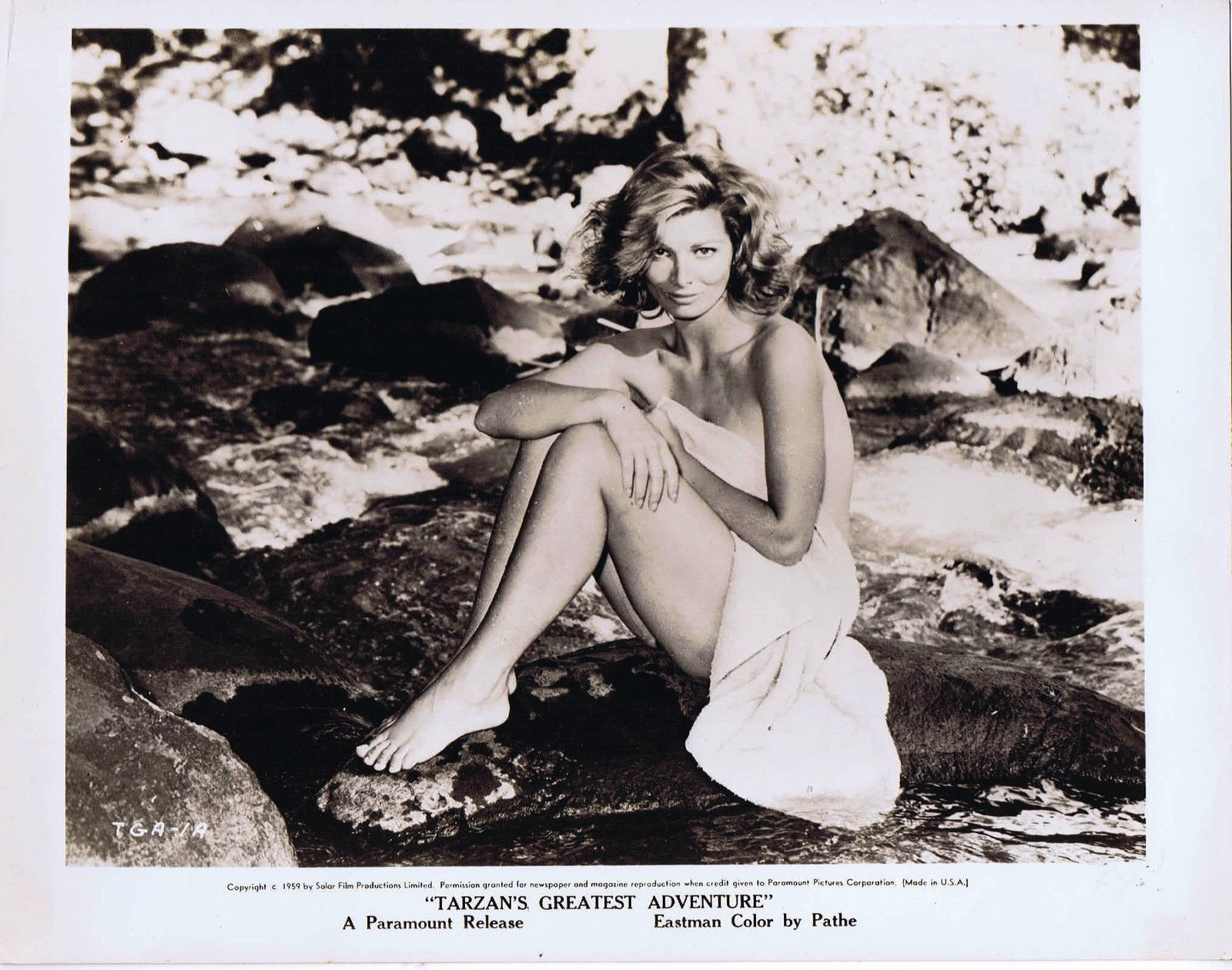 Scilla Gabel in Tarzan's Greatest Adventure (1959)