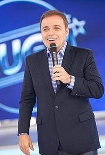 Gugu Liberato Picture