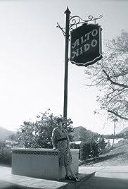 Alto Nido Poster