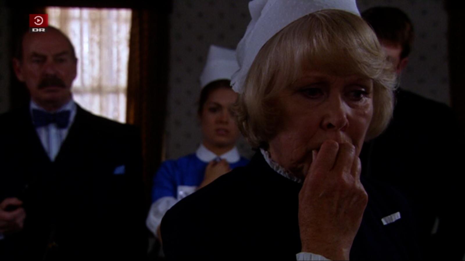Wendy Craig, Denis Lill, Kari Corbett, and Damian O'Hare in The Royal (2003)