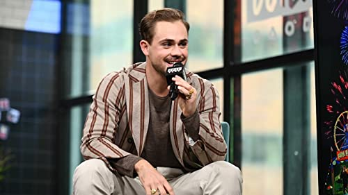"""BUILD: Dacre Montgomery's Eyes Were Screaming for 8 Months on """"Stranger Things"""""""