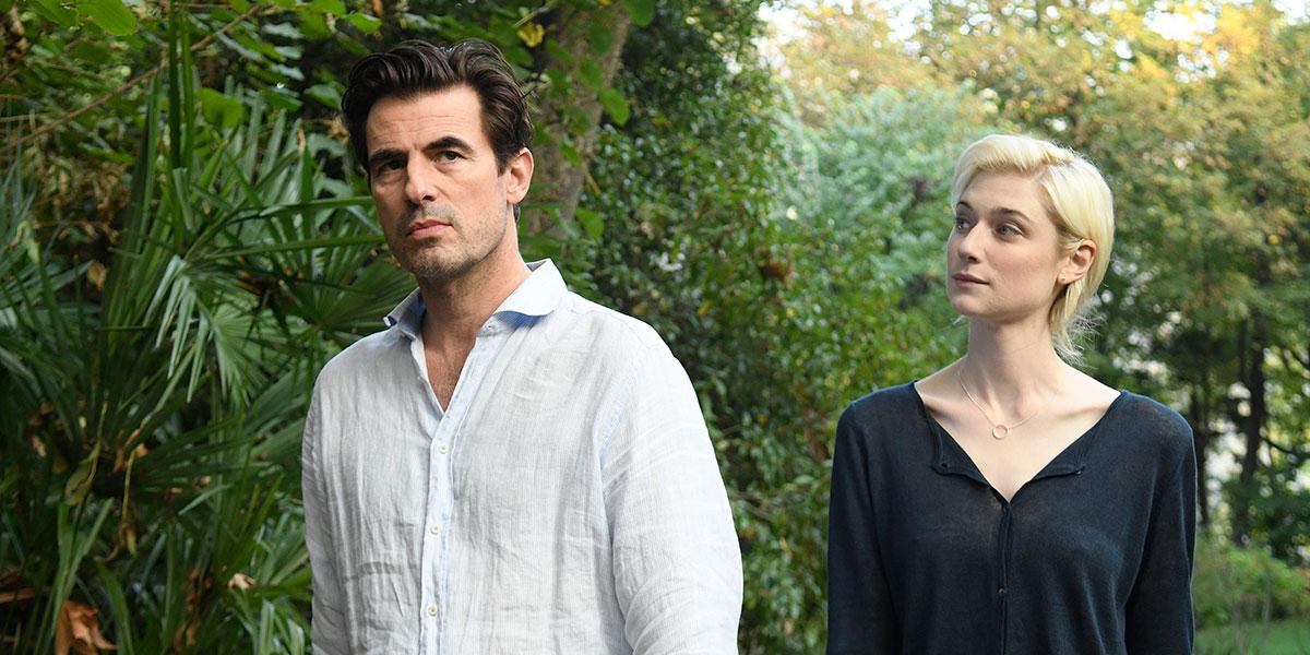 Claes Bang and Elizabeth Debicki in The Burnt Orange Heresy (2019)