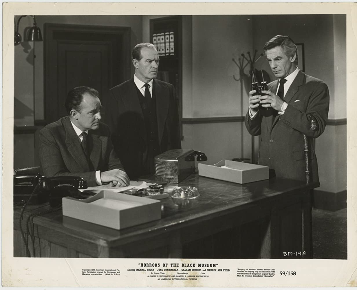 Michael Gough, Geoffrey Keen, and John Warwick in Horrors of the Black Museum (1959)
