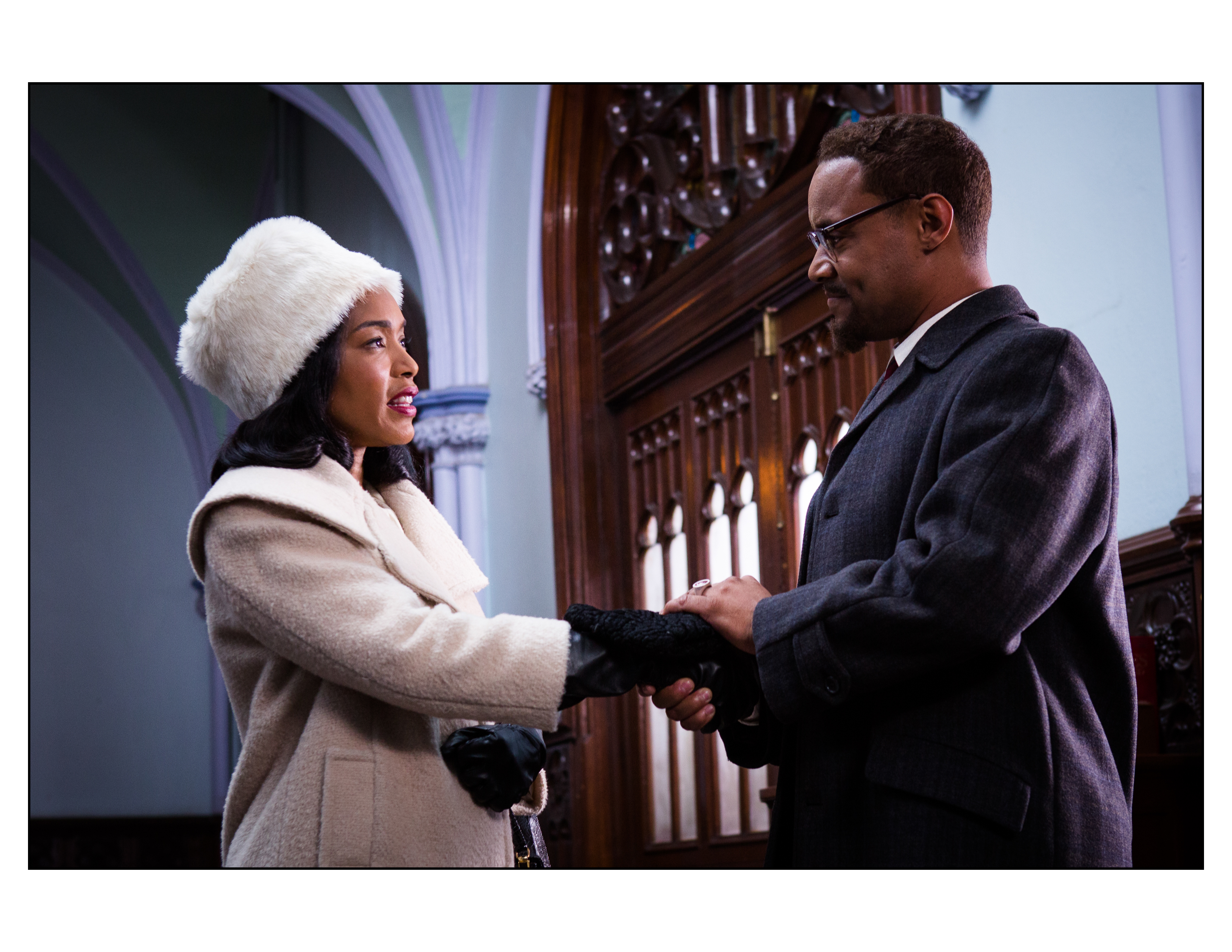 Lindsay Owen Pierre (Malcom X) and Angela Bassett (Coretta King) in Betty & Coretta