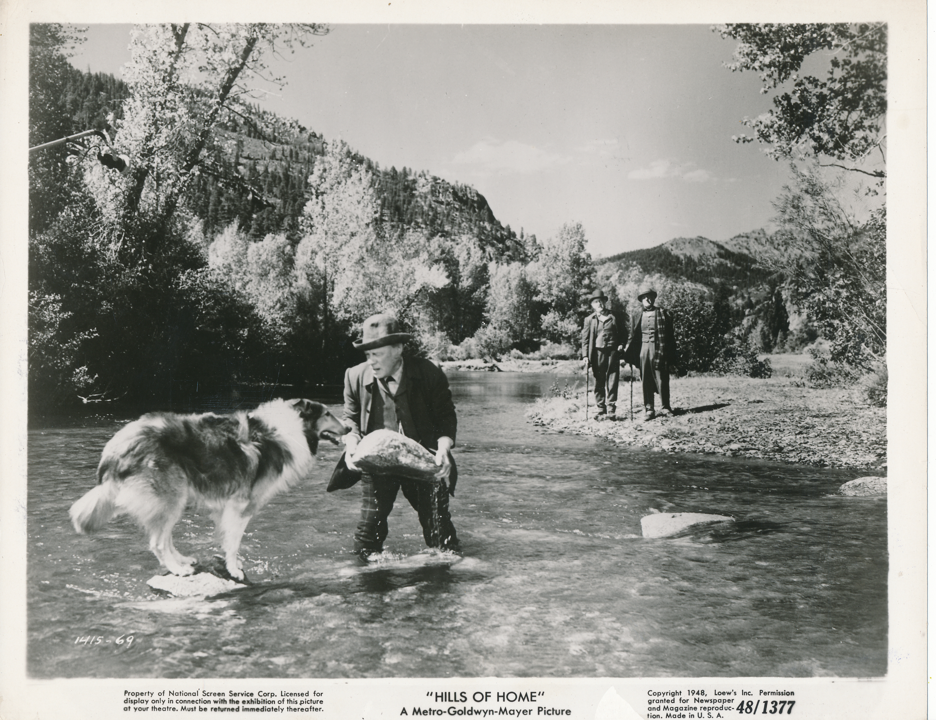 Edmund Gwenn and Pal in Hills of Home (1948)
