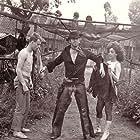 Svetlana Bojkovic, Irfan Mensur, and Velimir 'Bata' Zivojinovic in Pas koji je voleo vozove (1977)