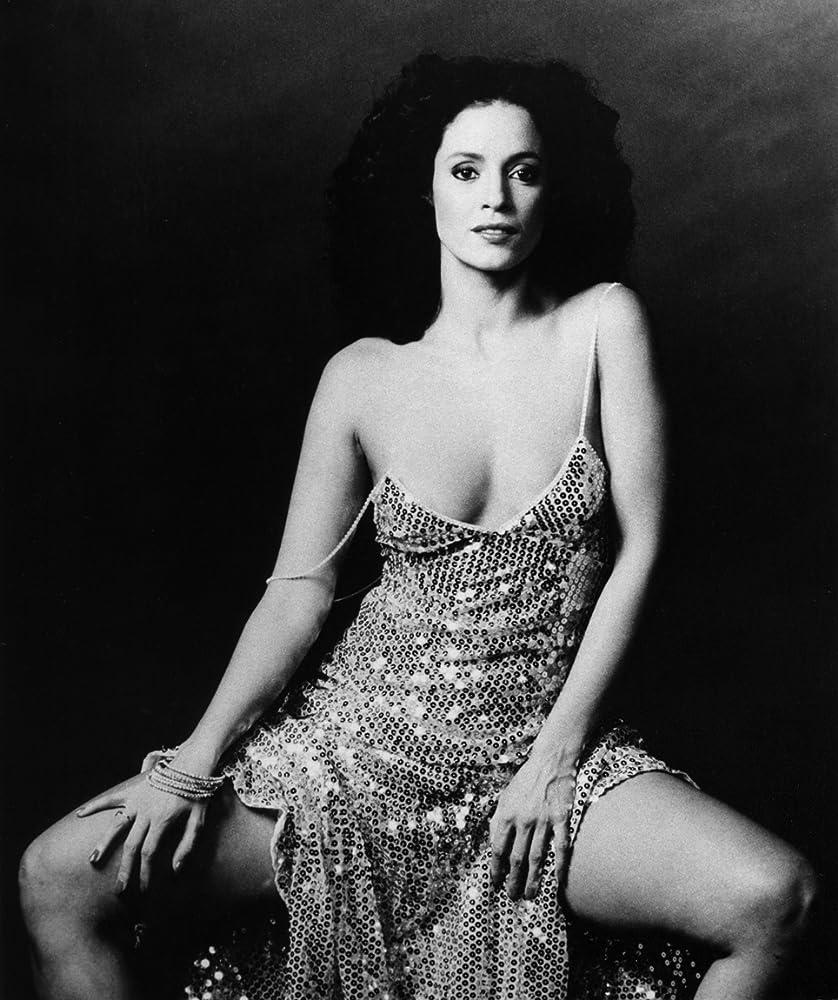 Sônia Braga in Eu Te Amo (1981)
