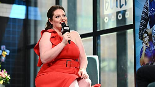 """BUILD: Lauren Ash Created Non-Canon Military Backstory for Dina in """"Superstore"""""""