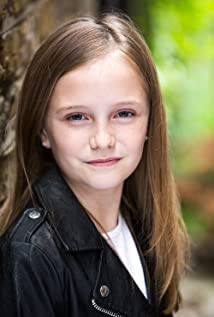 Ava Lovell Picture