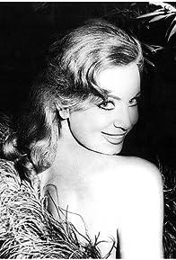 Primary photo for Carmen de Lirio