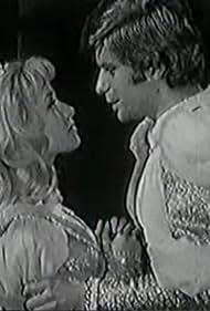 Jana Preissová and Petr Stepánek in Mrtvý princ (1971)