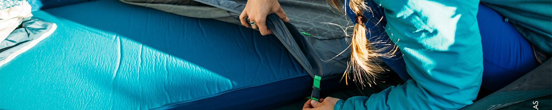 Wandern Bessport Isomatte Camping Camping -Gr/ün Bequem 40D Ripstop Nylon Matte mit 5.8cm Dicke Schlafmatte Kleines Packma/ß Ultraleicht Aufblasbare Luftmatratze ideal f/ür Outdoor