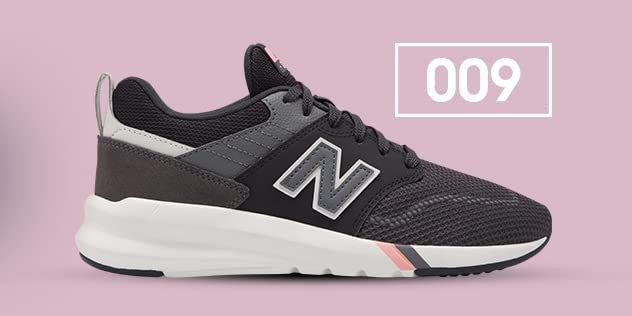 Amazon.com  New Balance Athletic Shoe 5d7e4c1c509f6