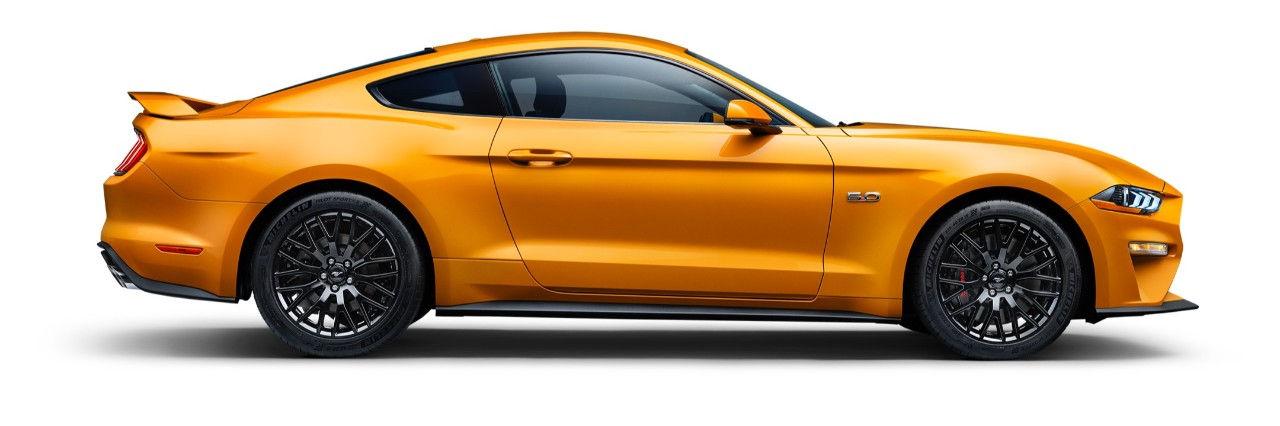 a98a520442a5 Amazon.com  MIDWEST CORVETTE  Mustang