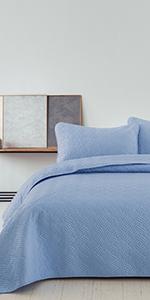 blue Wave Stitched quilt set