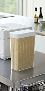 山崎実業 計量 ライスストッカー スライド式 1合分別 冷蔵庫用米びつ ホワイト 約W18.5XD8.5XH24.5cm タワー 3760