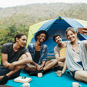 friends camping time