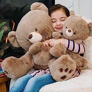 hugging gund teddy bear