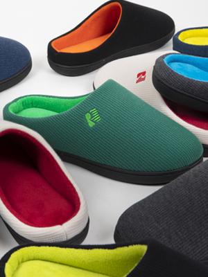 men's two tone memory foam slippers