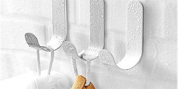 Nail Free Sticky Hangers