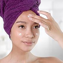 moisturize face