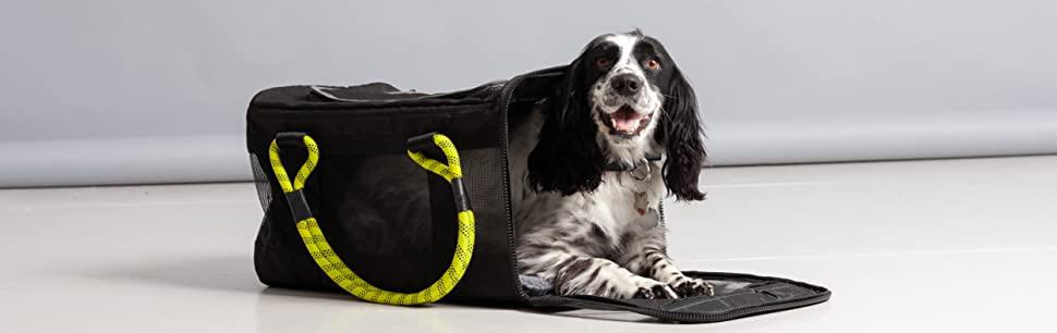 Roverlund Pet Carrier Large Size with Cocker Spaniel