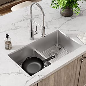 extra deep sink, center drain, aqua divide