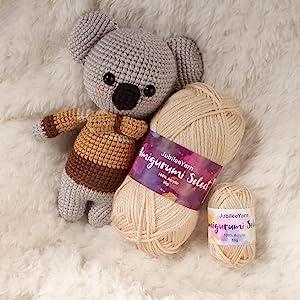 amiguruimi assorted color yarn skeins