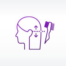 女性の髪の毛に コームブラシで 混合クリームを部分的に 塗布しようとしている イラスト