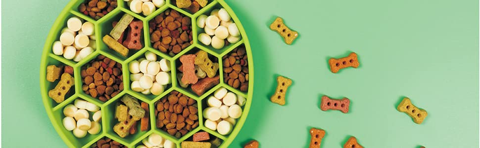 Food grade silicone, scratch-resistant and durable, providing your pet with a safe diet container
