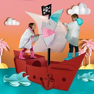 Paraguas, botas y ponchos colorados con personajes de los dibujos animados