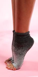 foot protector sock, grippy sock, no toe socks, hot yoga sock, low cut sport sock, sock with grips